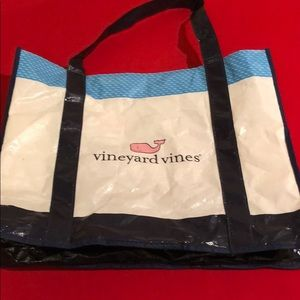 VINEYARD VINES REUSABLE CRINKLE TOTE